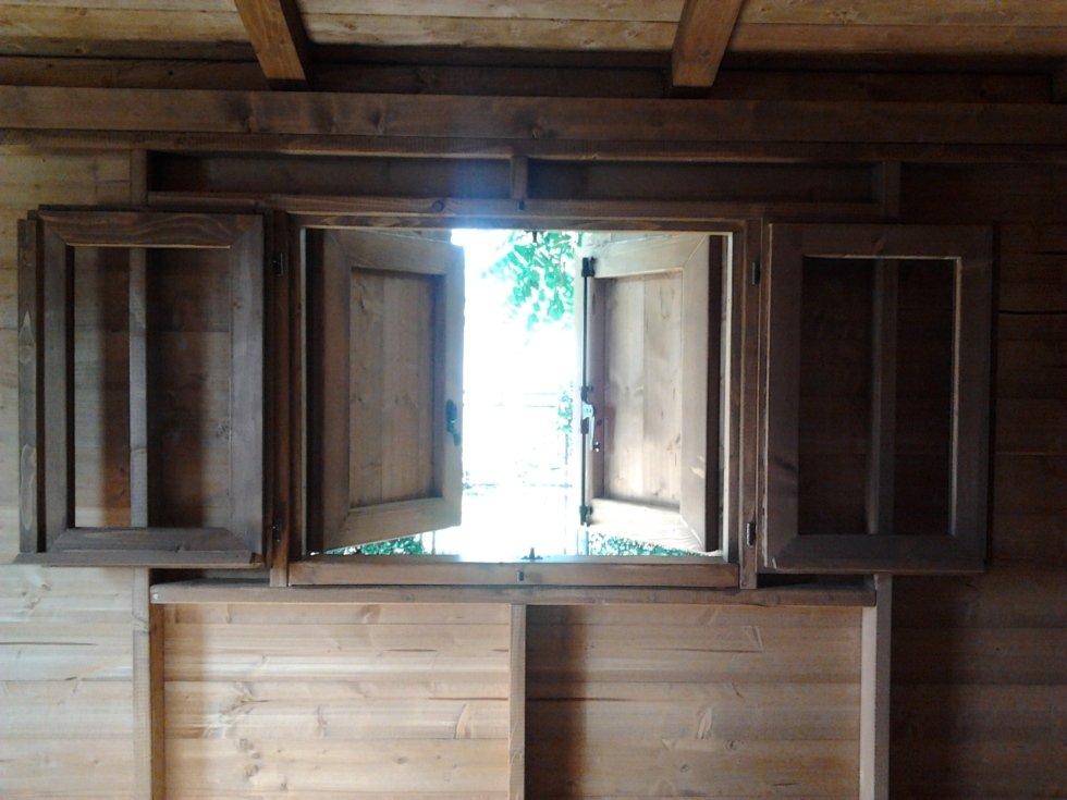 Finestra + Persiana Casetta in legno 300x400