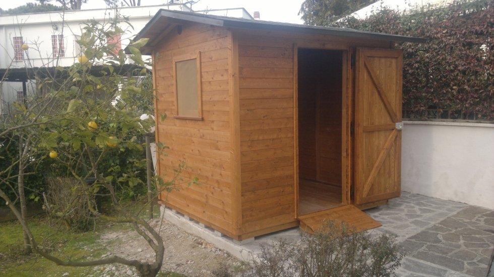 Casetta in legno misura 250x300