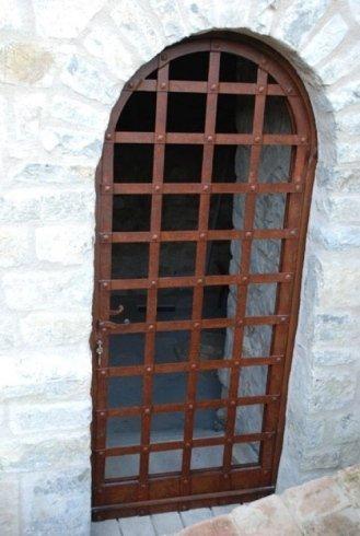 Porta anicata