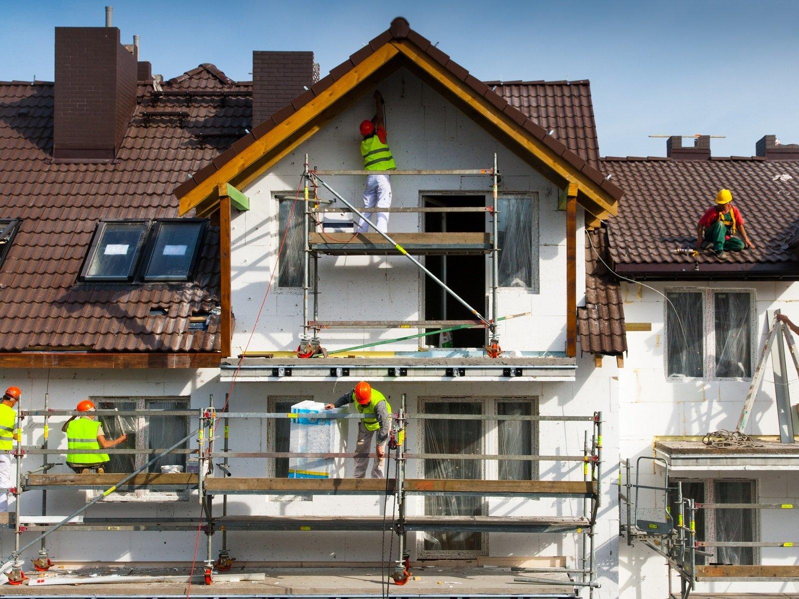 Isolamento termico delle facciate e opere di verniciatura