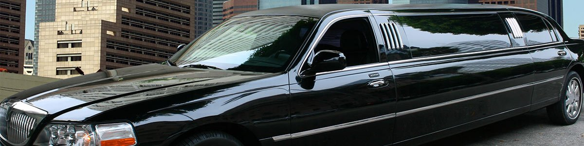 bayview chauffeured limousines black in colour