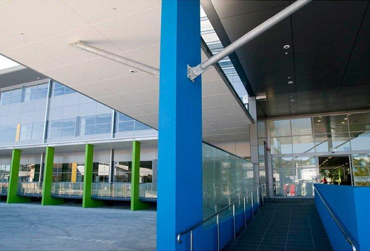 specialist medical centre entrance