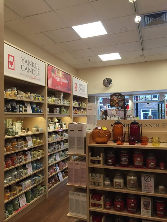 yankee candle at candle essence