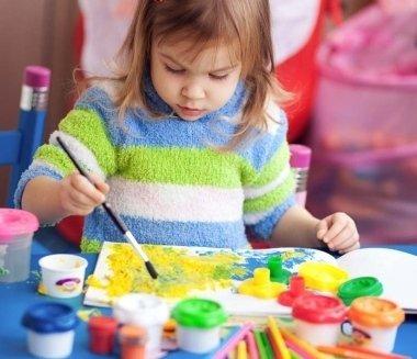 asilo privato, baby sitter, laboratori per bambini