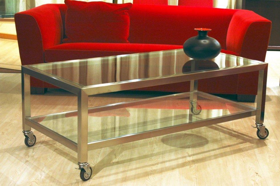 Tavolo salotto in acciaio inox e cristallo