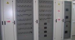 impianti elettrici per aziende, impianti domotici, centraline elettriche industriali
