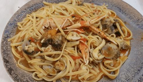 Ristorante, spaghetti di pesce, pesce crudo, pesce fresco, zuppa di pesce