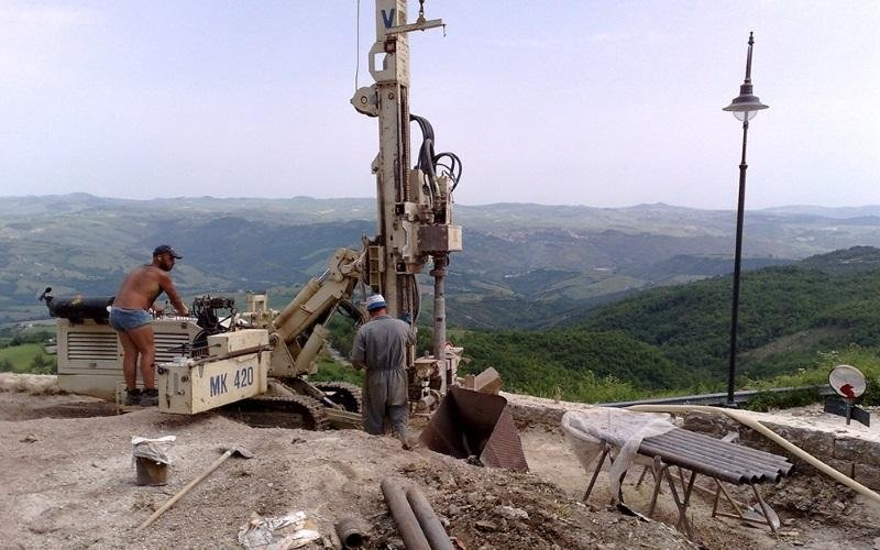 Soil drilling for small poles