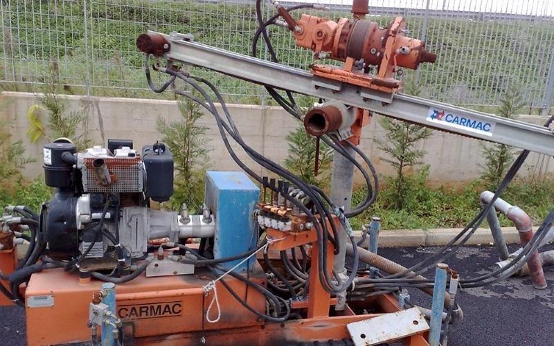 soil drilling tool