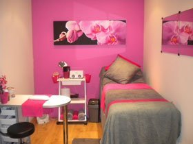 Beauty salons - Belfast - Shear Madness Hair and Beauty - Bed
