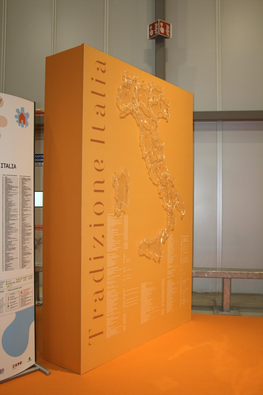 Methacrylate Italy Totem