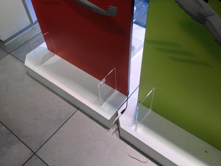 Adidas espositori