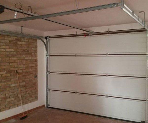 interno di un garage