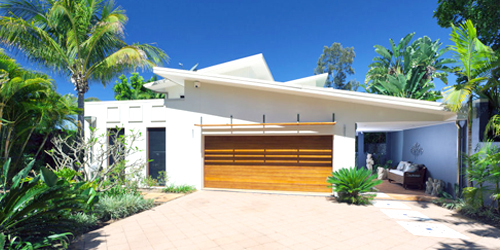 Garage door provided by specialists