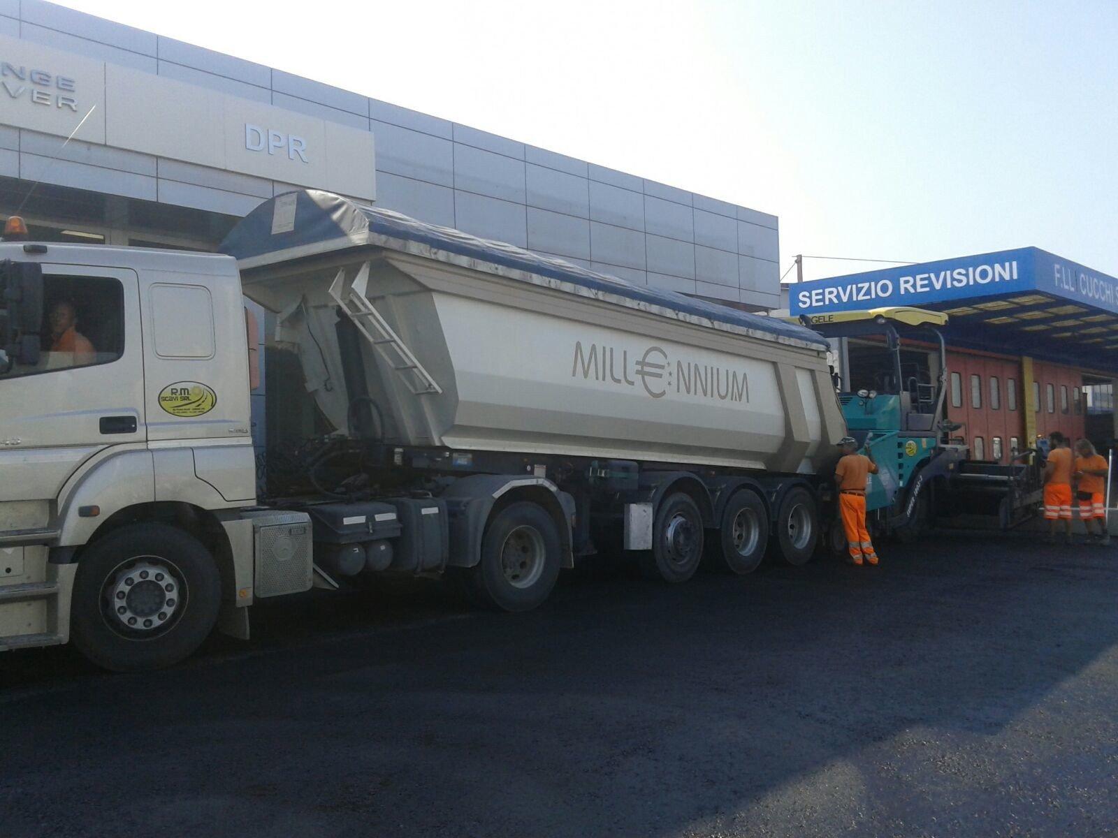 camion servizio revisioni