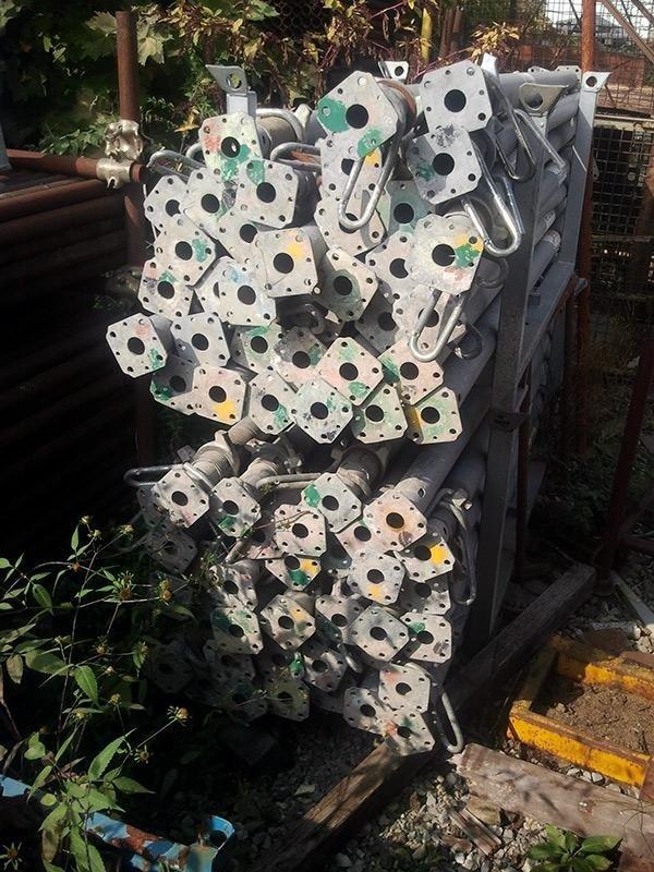 PERI---Puntelli-PERI-PEP-20-500-galvanized-slab-props-20-500---lato