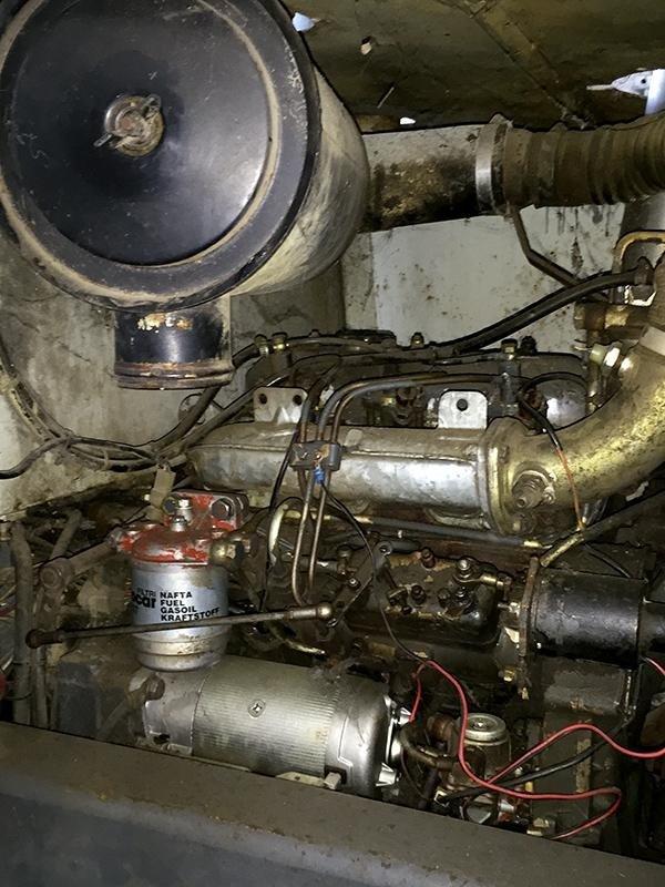 Carrello-elevatore-agricolo-om25h2-motore
