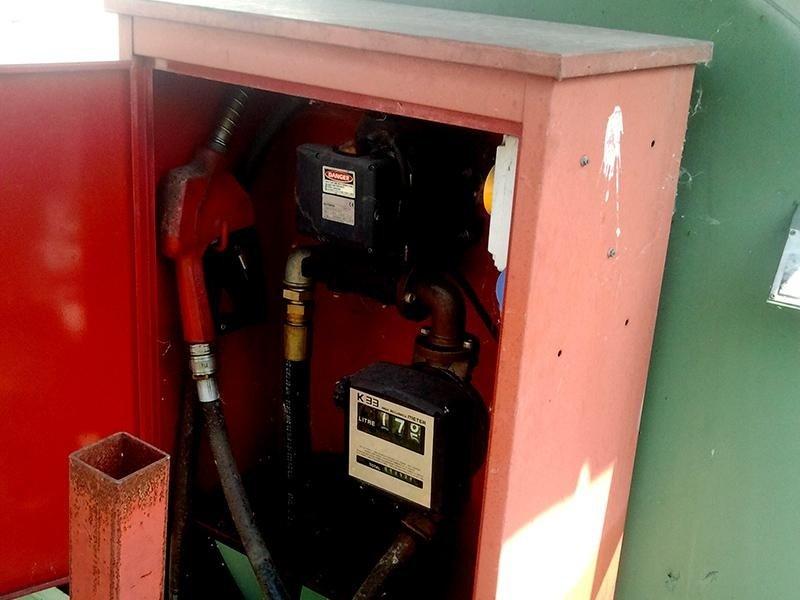 Cisterna-gasolio-allevi-gian-paolo-tipo-cd30-comandi