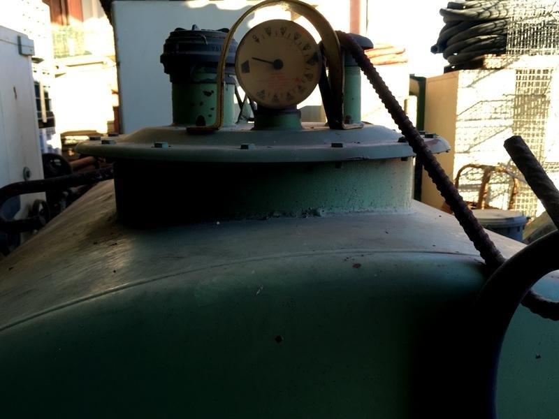Cisterna-gasolio-allevi-gian-paolo-vista-fronte