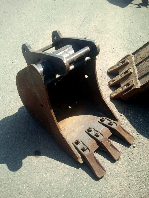 Benna-da-scavo-promeccanica-mm300-frontale