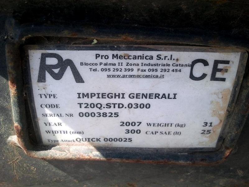Benna-da-scavo-promeccanica-mm300-caratteristiche