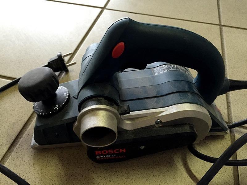 Pialletto-Bosch-GHO-26-82-Professional---lato