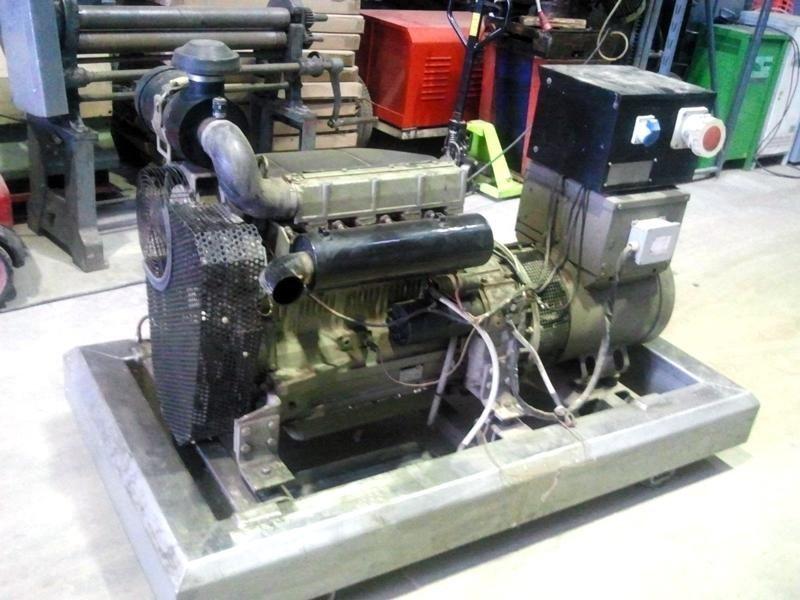 Generatore-Same-Deutz-Fahr-40-KVA-laterale