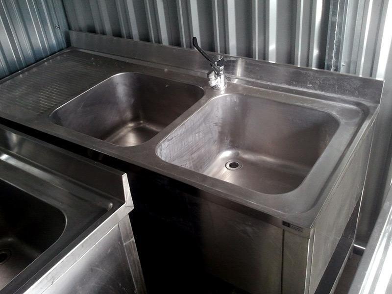 Lavello-in-acciaio-con-mobiletto---2-vasche