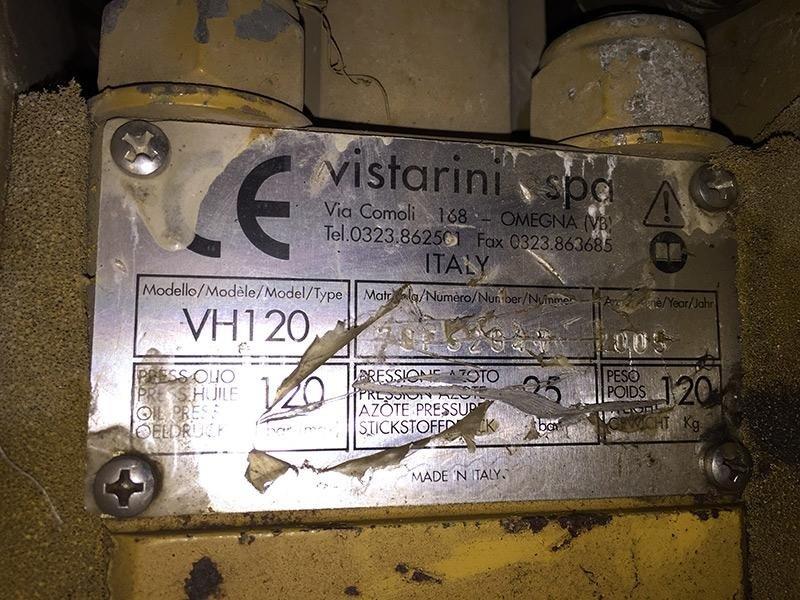 Martello-per-escavatore-Vistarini-mod.-VH-120---targa-caratteristiche-tecniche
