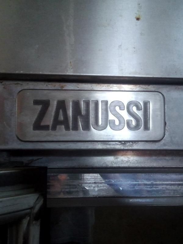 Frigorifero-a-doppia-anta-Zanussi1