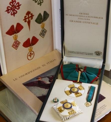Chivalric medals