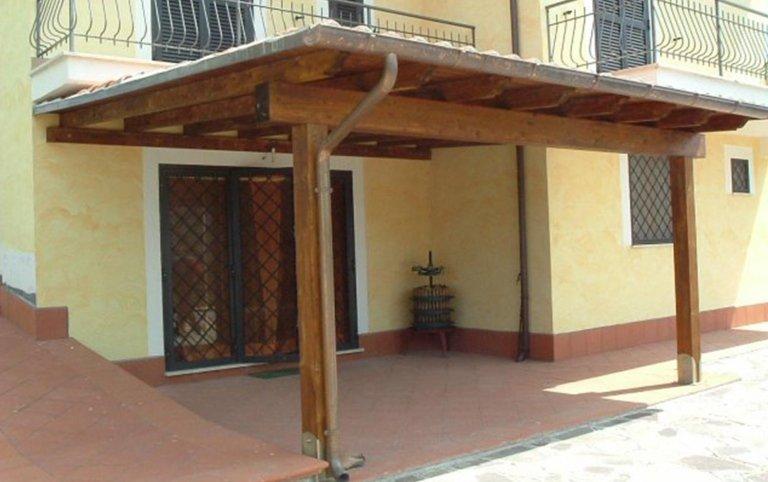 pergolata in legno, pergolata addossata, Strutture per esterni in legno, Palombara in Sabina, Roma