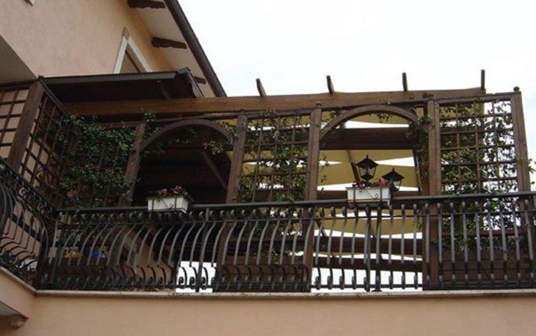 pergolati, pergolato, pergolati in legno, strutture in legno, cristaltenda, Palombara in Sabina, Roma