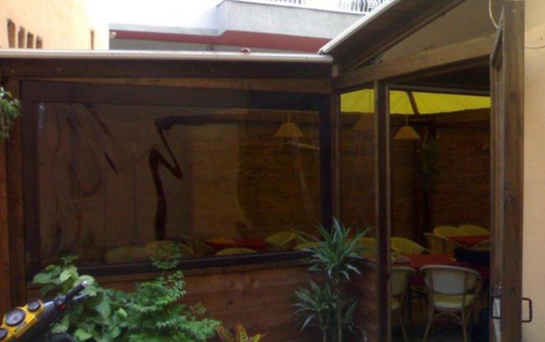 gazebo, cristaltenda, costruzioni in legno e vetro, paravento, paraventi, strutture in legno da esterno, coperture da esterno, strutture per locali, strutture in legno per ristoranti, Palombara in Sabina, Roma