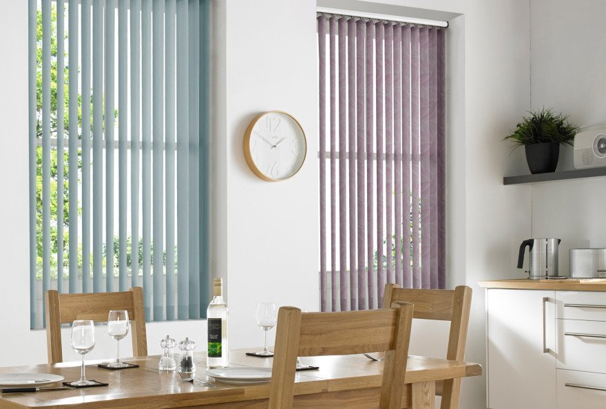 blinds of different colour