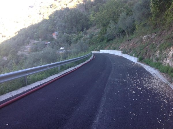 Rifacimento strada Serrone