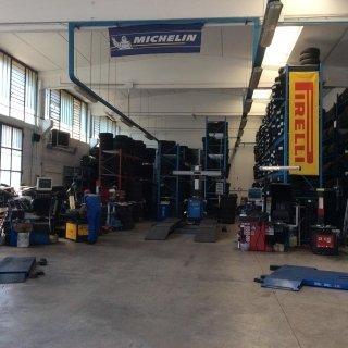 deposito gomme Pirelli e Michelin