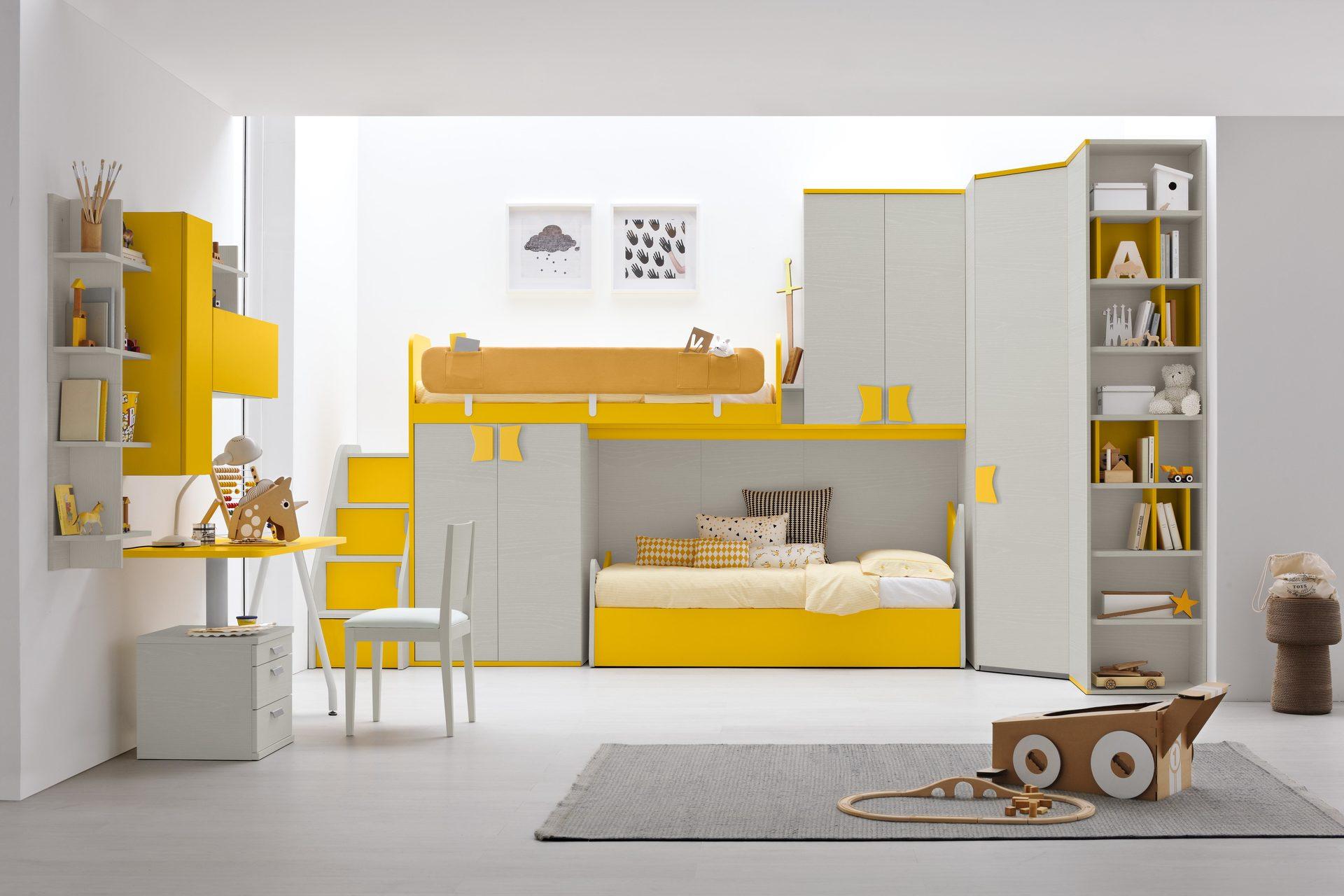 cameretta a tonalità gialla