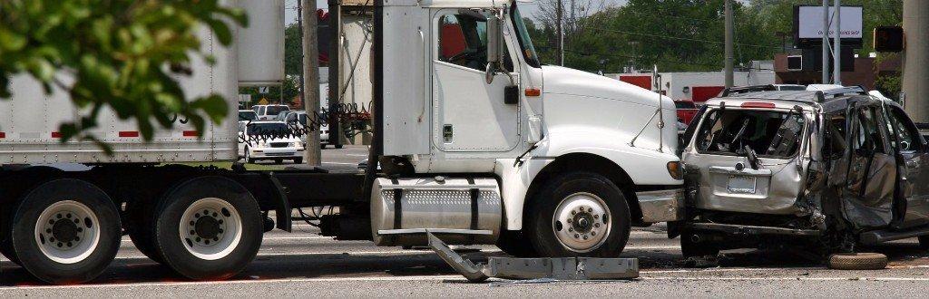 Phoenix-Yuma-Tucson Commercial Truck Accident  Lawyers