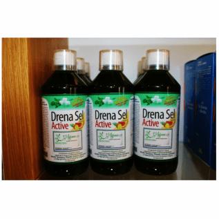 Un insieme di bottiglie con scritta Drena sel Active