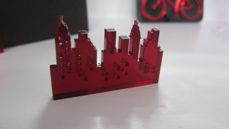 red-acrylic-mirror-city-skyline