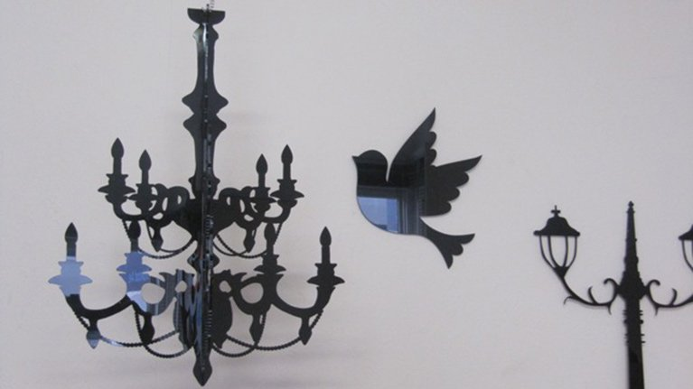 lasercut-chandelier-and-bird