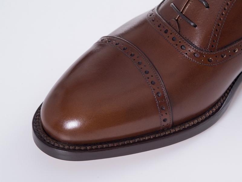brown oxford detail modena