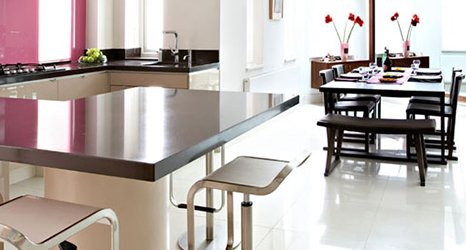 scratch resistant dining table