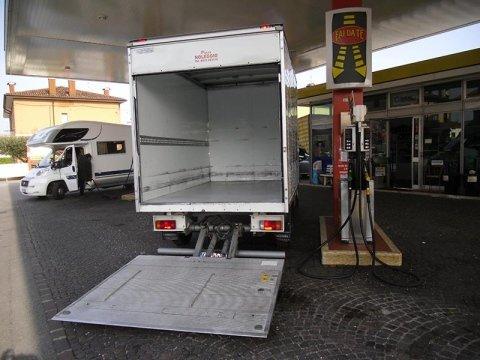 camion e furgoni cassonati udine