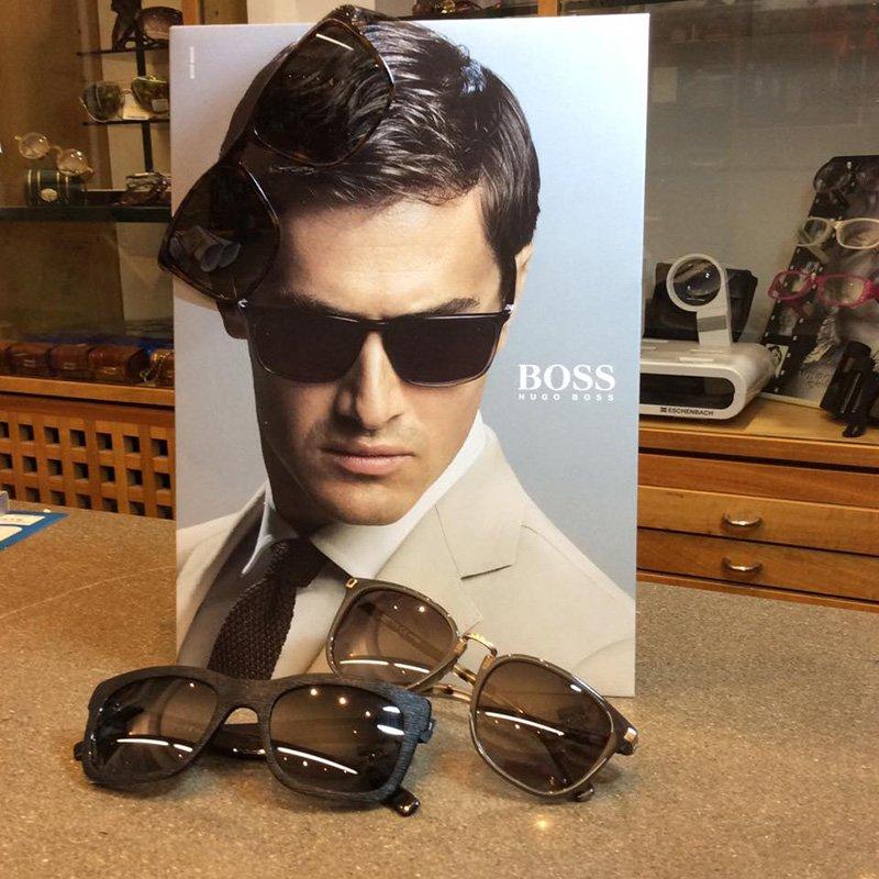 promozione di occhiali da sole a marchio Boss