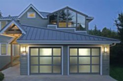 Raynor StyleView Garage Doors