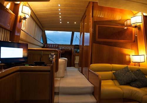 interno yacht