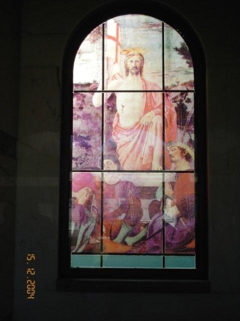 Pannelli vetro, colori, immagini sacre