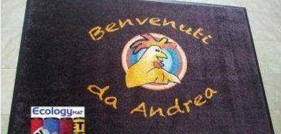 Tappeto personalizzato con marchio Benvenuti Da Andrea
